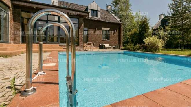 Продается дом за 106 844 700 руб.